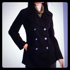 Double breasted navy pea coat with thinsulate.